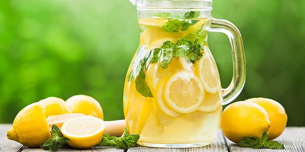 sidruni vesi kohurasva poletamiseks